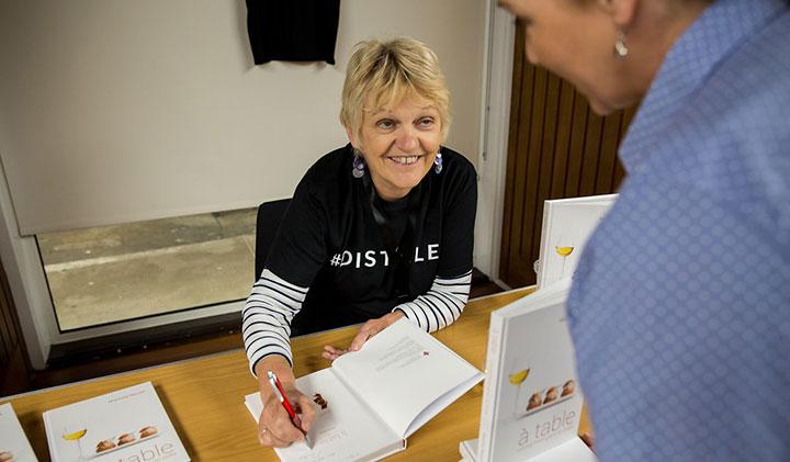 Martine Nouet book signing